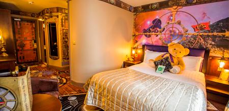 Alton-Towers-Resort-Alton-Towers-hotel-hab2-Moon-Voyage-Room