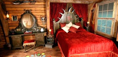 Alton-Towers-Resort-Alton-Towers-hotel-hab4-Pirate-Room